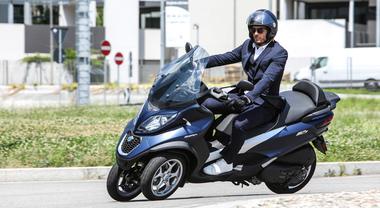 Piaggio, arrivano i nuovi Mp3. Sicurezza, tecnologia e due brillanti motorizzazioni: 350 e 500 cc