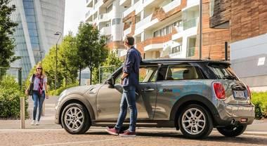 DriveNow, a Milano car sharing Bmw gratis per abbonati annuali ATM
