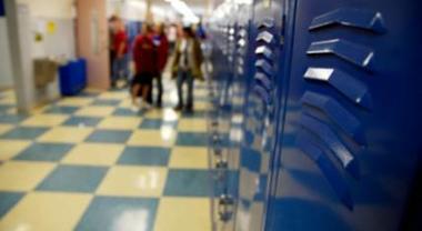 «Hai molestato uno studente di 12 anni», prof chiede scusa alla famiglia e poi si uccide
