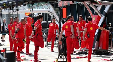 La F1 anticipa a marzo-aprile il periodo di ferie obbligate in vista di un agosto pieno di gare
