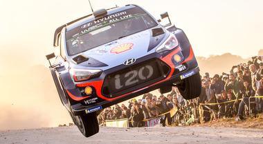 WRC, nella prova tricolore il nuovo leader Neuville vuole allungare su Ogier