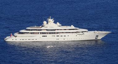 A Capri arriva «Dilbar», lo yacht più grande al mondo: è di un magnate russo