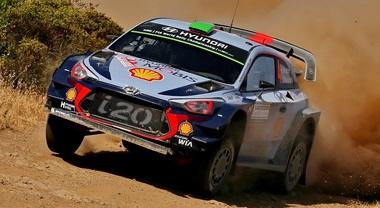 Hyundai al rally d'Italia punta al 4° podio consecutivo. Neuville cerca l'allungo decisivo nel mondiale