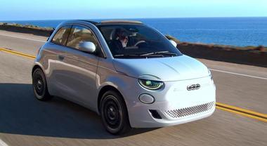 Nuova 500, il mito Fiat diventa solo elettrico