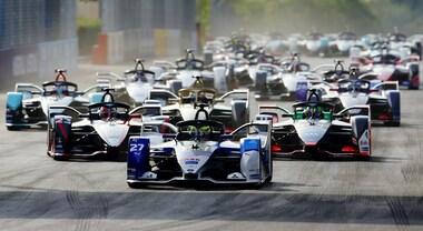 La Formula E rivoluziona le qualifiche e allunga fino a 10' gli EPrix in caso di incidenti. L'8° stagione sarà la più lunga, 16 gare