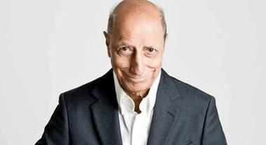 Pippo Franco: «Facevo le commedie sexy, ora parlo di Socrate»