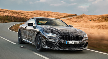 Serie 8, ultimi test per la super coupè BMW