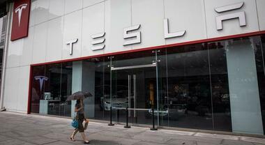 Tesla ritira 36mila veicoli in Cina. Potenziali guasti alla funzionalità del touchscreen
