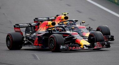 Red Bull, la tensione è alle stelle: «Basta, Max e Daniel devono calmarsi»