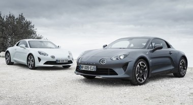 A Ginevra due nuove Alpine A110: Pure che esalta la vena sportiva e Légende che punta sul comfort