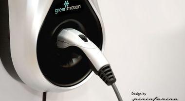 Residenza, debutta la stazione di ricarica di design. Progetto in partnership Green Motion-Pininfarina