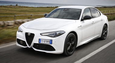 Giulia, eleganza e sportività. La berlina Alfa resta un riferimento di performance, guidabilità e design