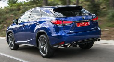 Sempre uguale, sempre diverso: Lexus RX, l'evoluzione del primo di tutti i Suv ibridi