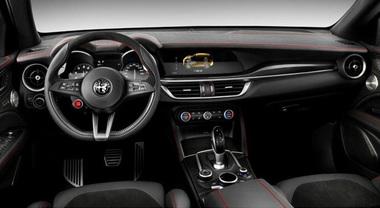 Alfa Romeo Stelvio, la sportività sposa l'eleganza dell'italian style