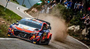 Neuville (Hyundai) vince il Rally di Catalogna. Evans (Toyota) riduce lo svantaggio da Ogier. Il titolo si assegna a Monza