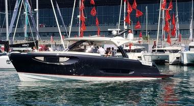 Salone nautico di Genova, la Eos 46 barca a motore dell'anno