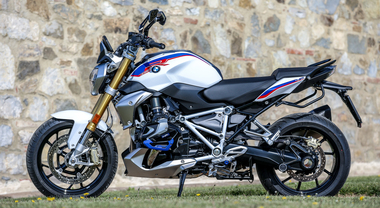 BMW R 1250 R, infotainment evoluto con il nuovo Connectivity