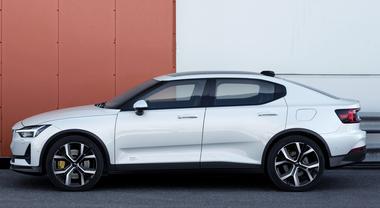 Polestar 2 svelata a Ginevra 2019: sarà l'anti Tesla?