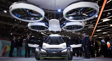 Italdesign festeggia 50 anni al Parco Valentino con prototipi da sogno e l'auto volante