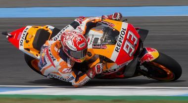MotoGp, Marquez vince in Thailandia: Valentino è quarto