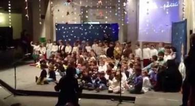 Recita di Natale cancellata alle elementari, la dirigente: «Disturba le altre culture religiose»
