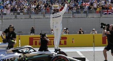 GP Francia, Hamilton è un fulmine: pole davanti a Bottas e Leclerc. Settima l'altra Ferrari di Vettel