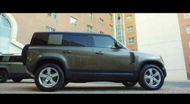 Land Rover Nuova Defender, il mitico inarrestabile modello arriva anche in Italia