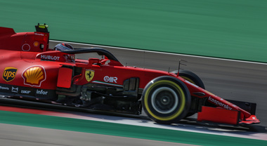 A Portimao, Hamilton conquista la nona pole 2020, grande quarta posizione di Leclerc