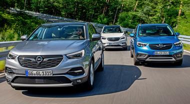 Opel schiera il tridente: svetta la famiglia X, tre Suv per vincere