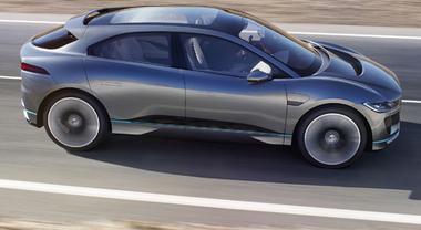 Jaguar I-Pace, il primo Suv elettrico del Giaguaro: tanta sportività e zero emissioni