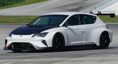 Cupra E-Racer, debutto in pista per il bolide 100% elettrico di Seat