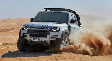 Land Rover, l'energia della natura. Il Defender si rinnova totalmente: prestazioni super e grande rispetto ambientale