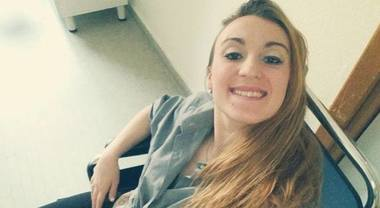 Mamma di 20 anni uccisa a coltellate e gettata in un pozzo: il compagno confessa l'omicidio