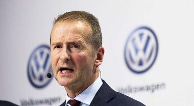 Emissioni, Diess (Volkswagen Group): «A rischio 100mila posti lavoro per tagli CO2»