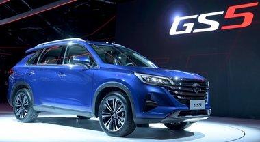 Gac GS5, il Suv cinese che punta a conquistare l'Europa debutta a Parigi