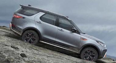 """Land Rover Discovery, arriva la """"potentissima"""" SVX con motore 5 litri V8 Supercharged da 525 cv"""