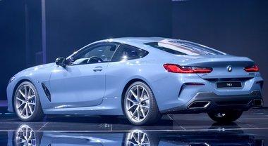 BMW Serie 8 coupé, un concentrato di lusso e sportività senza eguali sul palcoscenico parigino