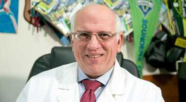 Coronavirus, a Napoli funziona il farmaco anti-artrite: «Subito un protocollo nazionale»