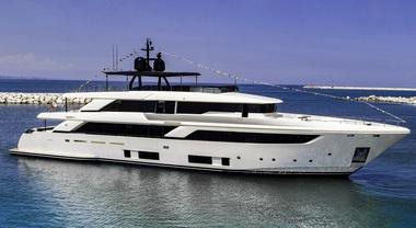 Ferretti Group: varata la prima navetta Custom Line 42, nuova ammiraglia del marchio