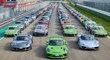Porsche Festival 2018, ad Imola l'edizione dei record: oltre 6.000 persone, parata con 553 auto e tanto spettacolo