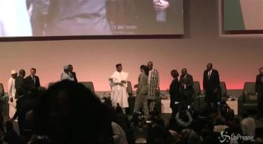 """Rihanna in Senegal: """"Non smetterò mai di lottare per l'istruzione"""""""