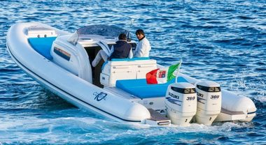 Coastal, al Nauticsud presenta il gommone a gas. Motore Suzuki bifuel benzina-metano da 300 hp