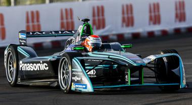Da Le Mans alla Formula E il Giaguaro vive correndo. Jaguar ha dominato per 7 anni la mitica 24 Ore