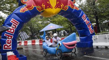 Red Bull Soapbox Race, sbarca a Roma a giugno la folle corsa delle auto senza motore