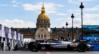 E-Prix Parigi, la Nissan di Rowland in pole, squalificata la Mahindra di Wehrlein che era prima