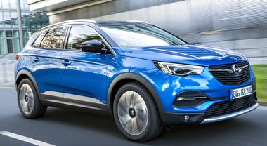 Opel Grandland X dà spettacolo. Il grande Suv secondo la casa di Russelsheim