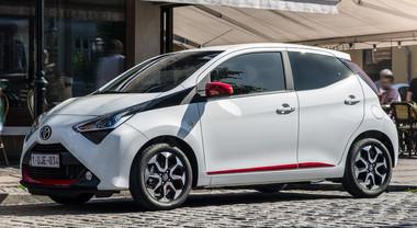 Nuova Aygo, la cittadina esemplare di Toyota: dinamismo e bassi consumi