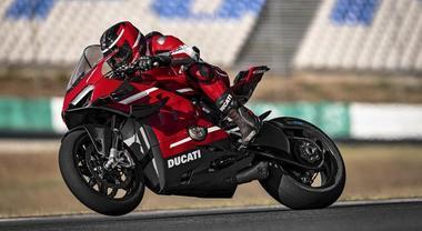Ducati Panigale V4, Superleggera e in chiave racing. La Rossa più tecnologica di sempre prodotta in 500 esemplari