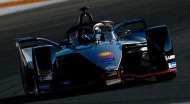 """FE, Nissan pronta per i test ufficiali di Valencia. Debutto """"elettrizzante"""" per Buemi ed Albon"""