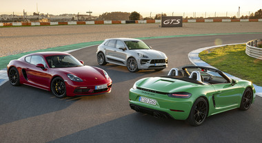 Porsche, ruggito GTS: le baby molto cattive. Al volante delle nuove 718 Boxster e Cayman e della Macan